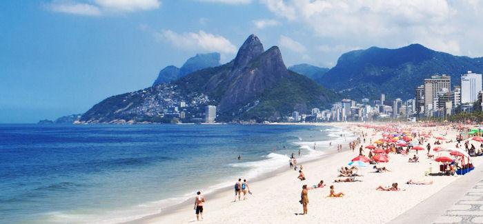 Kaksi kärpästä yhdellä iskulla – New York & Rio De Janeiro 593€