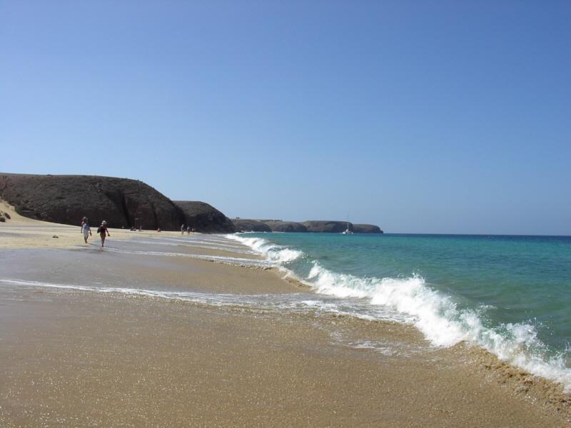 Päivän tarjous: Jouluksi Lanzarotelle 399€ lennot+hotelli